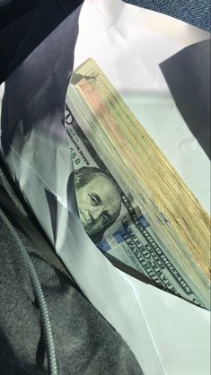 Mo Money, How To Get Money, Cash Money, Rose Croix, Money On My Mind, Money Pictures, Money Stacks, Rich Lifestyle, Luxury Lifestyle