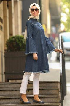 2019 New Season Hijab Clothing Dress, Shawl, Evening Dresses Cheap Price! - Nayla Collection - Flywheel Sleeve Navy Blue Hijab Tunic it is Hijab Outfit, Hijab Wear, Kurta Designs, Blouse Designs, High Street Fashion, Islamic Fashion, Muslim Fashion, Trendy Dresses, Trendy Outfits