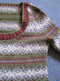 Crazy Knitting Lady Blog. Autumn Rose on Ravelry. http://www.ravelry.com/patterns/library/autumn-rose-pullover