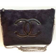 Chanel precision clutch shoulder bag BRAND NEW, AUTHENTIC!! Given to VIP guests at beauty counters, material ; terry cloth. ❗️❗️PRICE FIRM❗️❗️ this is not sold at the stores; therefore it doesn't have a date code. Michael Kors Bags Shoulder Bags