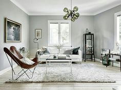 A little something different than your usual Scandinavian apartment (Daily Dream Decor) Living Room Scandinavian, Scandinavian Apartment, Scandinavian Design, Estilo Interior, Interior Styling, Interior Design, Casual Family Rooms, Living Room Decor, Living Spaces