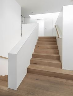 Berschneider + Berschneider, Architects BDA + Interior Architects, Neumarkt: New building WH Oberpfalz Neumarkt Best Picture For accessories clothing For Your Taste You are looking for something, and it is going to tell you … Interior Stairs, Interior Architecture, Interior And Exterior, Modern Stairs, House Stairs, Farmhouse Style Decorating, Hallway Decorating, New Homes, Hallway Ideas