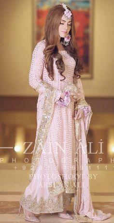 The exquisite bride 'Ghuncha' Photoshoot by Makeup by Mehndi Dress, Nikkah Dress, Shadi Dresses, Eid Dresses, Pakistani Wedding Outfits, Bridal Outfits, Pakistani Dresses, Indian Sarees, Engagement Dresses