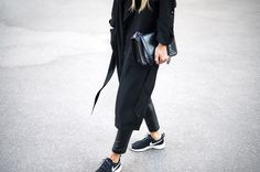 all black and a nike swish #minimal #offduty