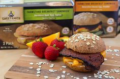 If you're looking for a good breakfast that is filling and plant-based Sweet Earth Natural Foods has you covered with their breakfast sandwiches! Breakfast On The Go, Best Breakfast, Farm Stand, Vegetarian Breakfast, Vegetarian Options, Going Vegan, Hamburger, Sandwiches, Foods