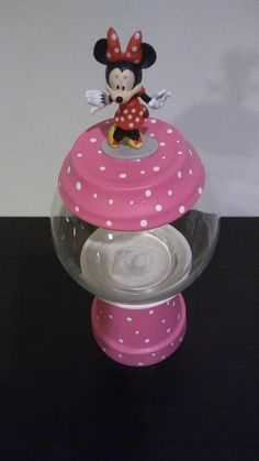 I really love this creation, plus Minnie Mouse herself. Great gift or conversation piece for any house or occasion. Fill it with your favorite candy or treat Clay Pot Projects, Clay Pot Crafts, Craft Projects, Minnie Mouse House, Minnie Mouse Party, Mickey Mouse, Homemade Crafts, Diy And Crafts, Crafts For Kids