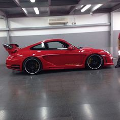 Love this rare #gemballa #porsche #997turbo our customer has. Need video of it hanging loose! #vividracing