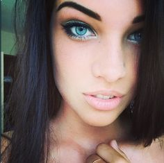pretty makeup look, love the white liner