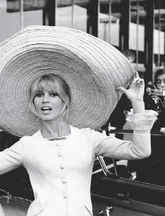 "Brigitte Bardot displays a sombrero she picked up in Mexico while filming ""Viva Maria"" in (Associated Press) Bridget Bardot, Brigitte Bardot, Catherine Deneuve, Divas, Jane Fonda, Bardot Bangs, Bardot Hair, And God Created Woman, Inspiration Mode"