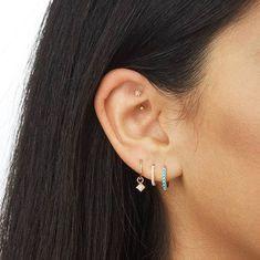 Pearl Ear Cuff, Pearl Cuff Earring, Ear Cuff no piercing, Pearl Earrings, Conch Hoop - Custom Jewelry Ideas Piercings Bonitos, Gold Bar Earrings, Crystal Earrings, Diamond Earrings, Simple Earrings, Diamond Studs, Ear Jewelry, Fine Jewelry, Women Jewelry