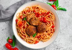 This isn't your traditional meatball recipe as its completely plant-based! These meatless meatballs are so delicious and perfect for any vegetarian or vegan in your family or really for any meat-lover too as these vegan meatballs have an almost meat-like texture, are super high in protein and they are mega filling too Vegan Dinner Recipes, Vegan Dinners, Vegetarian Recipes, Cooking Recipes, Healthy Recipes, Vegetarian Barbecue, Barbecue Recipes, Vegetarian Cooking, Meatless Meatballs