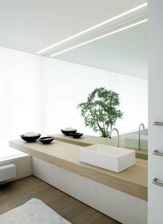 Bathroom with Delta Microline 30 Profile