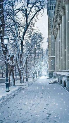 Winter walk in Kiev, Ukranian (by Inna Petrova on 500px)