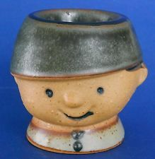 GEMPO LITTLE BOY WEARING HAT EGG CUP JAPAN CERAMIC EXCELLENT CONDITION CUTE!