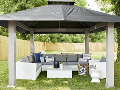 Pin for Later: This Country Star's Party-Ready Backyard Defines Summer Goals