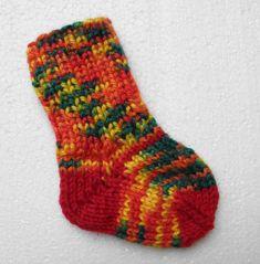 Vauvansukkia sairaalaan | Simpsukka Olympus Digital Camera, Socks, Baby Things, Sock, Stockings, Ankle Socks, Hosiery