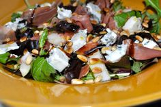 Emily Salomon » Salad with pears, blue cheese, dates and serrano