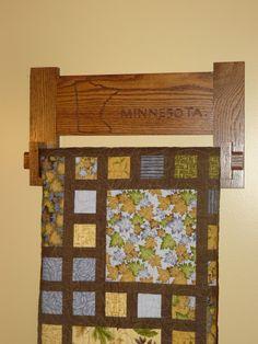 Oak Quilt Hanger