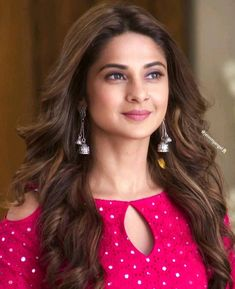 Jennifer winget.... follow me for more:NAVSHIN SHAIKH