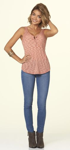 Shop Haley Dunphy's fashion, style, wardrobe from Modern Family! http://www.pradux.com/tv/modern-family/haley-dunphy