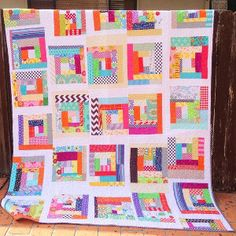 Fabric Scraps Quilt - The easy-to-follow tutorial makes this quilt pattern perfect for beginners. It is also the perfect way to let loose if you are an experienced quilter tired of following strict patterns.