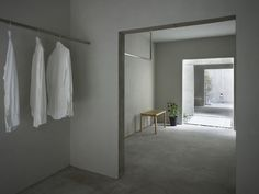 Gallery of House in Koamicho / Suppose Design Office - 11