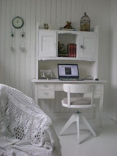 Kids or Office Space Desk Table Whitewashed Chippy Shabby chic French country rustic Swedish decor idea