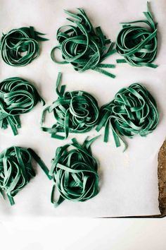An herb-packed, emerald-hued superfood green pasta with spirulina, gremolata, and chèvre goat cheese—perfect for a springy lunch or light dinner. Spirulina Recipes, Blue Spirulina, Coconut Milk Nutrition, Broccoli Nutrition, Pasta Machine, Thing 1, Aquafaba, Homemade Pasta, Skinny Recipes