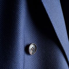 We can't get enough of this beautiful discreet herringbone fabric, it's a mix of wool and cashmere by E.Thomas. In the collection you will find it in our Bleecker coat. http://bit.ly/1uqX671