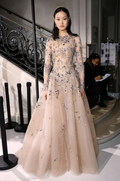 Backstage at Elie Saab Couture Spring 2017 Hijab Evening Dress, Evening Dresses, Hijab Dress, Bridesmaid Dresses, Prom Dresses, Formal Dresses, Wedding Dresses, Couture Dresses, Fashion Dresses