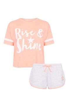 Nightwear - Primark - Pijama corto «Rise and Shine Pyjamas, Cozy Pajamas, Lazy Day Outfits, Cute Outfits, Girls Pjs, Teen Pjs, Cute Pjs, Womens Pyjama Sets, Pajama Outfits