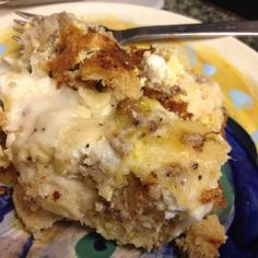 Biscuits & Gravy Breakfast Casserole (don't necessarily like this recipe, but I do like the idea of it)