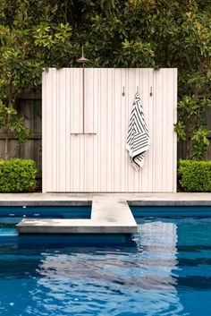 Mt Hawthorn Landscape, WA Application: Shower Screen System: x & x Slats Colour: Beachwood Valley Pool, 3d Landscape, Small Backyard Design, Outdoor Material, Swimming Pools Backyard, Outdoor Living, Outdoor Decor, Pool Designs, Coastal Style