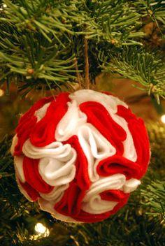 Addobbi natalizi 2014 in feltro: Decorazione per albero di Natale fai da te FOTO