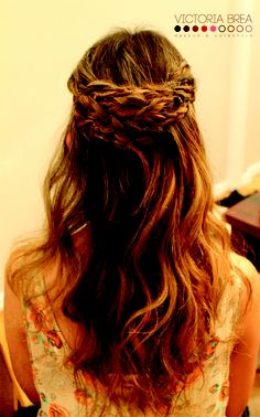 Never thought if doing this with just part of the hair. Duh super cute!