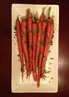 Simple Roasted Carrots from www.peachesandcake.com