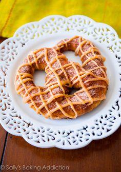 Pumpkin Praline Soft Pretzels...yum! Recipe by sallysbakingaddiction.com