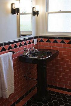 Black bathroom fixtures please!