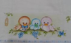 Passarinhos bebes. Baby Painting, Tole Painting, Fabric Painting, Pinterest Pinturas, Embroidery Patterns, Hand Embroidery, Coloring Books, Coloring Pages, Cute Paintings