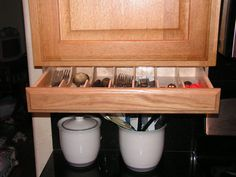1000 ideas about silverware storage on pinterest for Silverware storage no drawers
