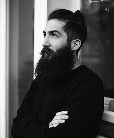 Mo Ganji | Tattoo Artist Berlin |