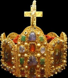 Crown from the Austrian Habsburg dynasty of the Holy Roman Empire. Worn by Empress Marie Theresa, mother of Marie Antoinette.