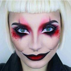 Harlequine makeup for this Halloween? Amazing one by @pennold! Head to www.HausOvTilhen.com for more Halloween inspiration. #ditatilhentwitter by haus.ov.tilhen