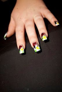 Lady bugs...going to do this for her party on my own nails!!!