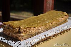 Prajitura cu blat de bezea si crema de nes   Retete culinare cu Laura Sava - Cele mai bune retete pentru intreaga familie Food And Drink, Pie, Desserts, Cakes, Trays, Torte, Tailgate Desserts, Cake, Deserts