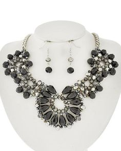 Vintage Victorian Style Glass & Rhinestone Wedding Prom Necklace & Drop Earring Set