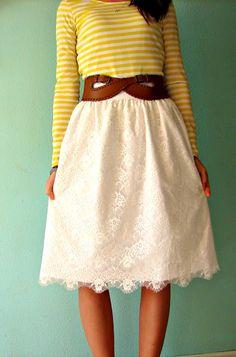 Beautiful DIY lace skirt tutorial.