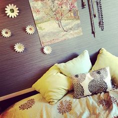 Like: Theme together, colors, painting, pillows, paper wall flowers