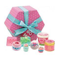 Bomb Cosmetics The Bomb Hat Box Gift Box
