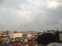 2013.08.21  ゲリラ豪雨のあとの虹。となりのお部屋は一日作曲。私はこちらで一日翻訳。オフィス Kamonegi は今日も peaceful。 #rainbow